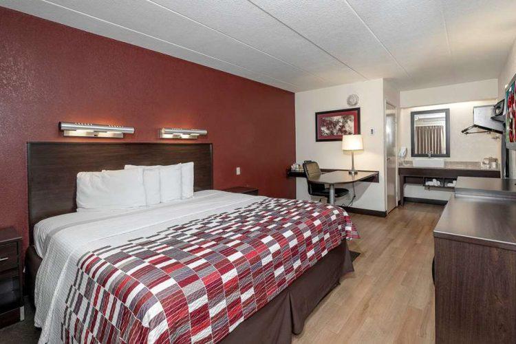 Hotel in Mount Laurel | Red Roof Inn Mt Laurel - TiCATi com