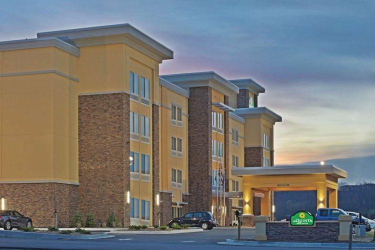 Hotel in Morgantown | La Quinta Inn & Suites Morgantown