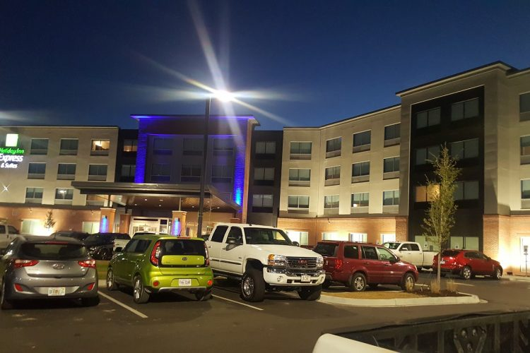 Hotel in Summerville | Holiday Inn Express & Suites SUMMERVILLE